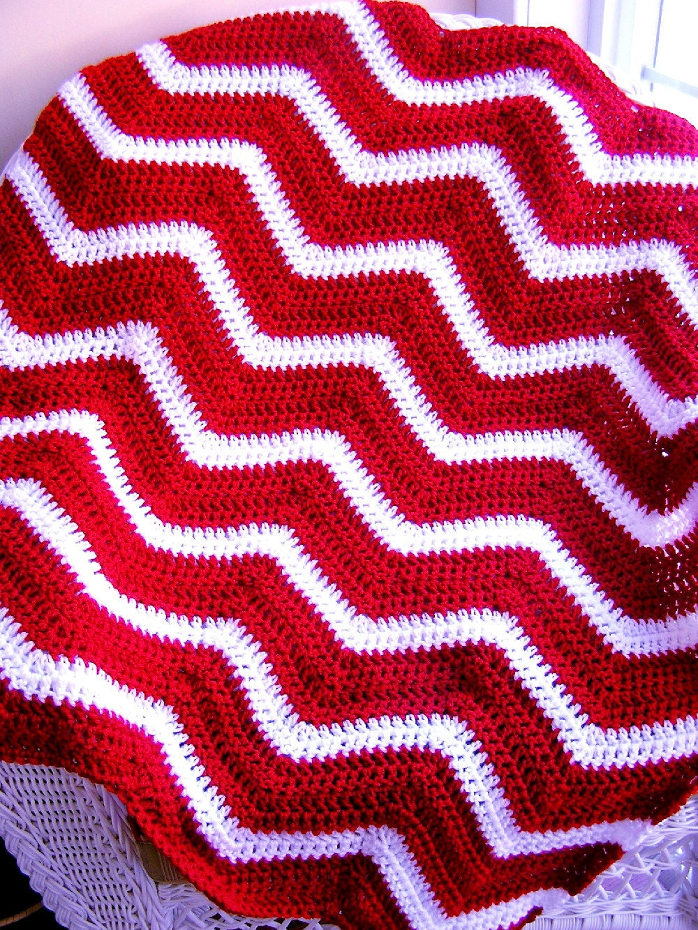 Zigzag Knitting Pattern Baby Blanket : chevron zig zag baby blanket afghan wrap crochet knit
