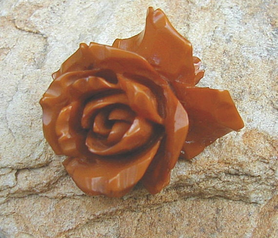 Vintage Butterscotch Caramel Bakelite Carved Rose Brooch