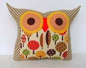 NEW/The apple tree's wishes owl pillow
