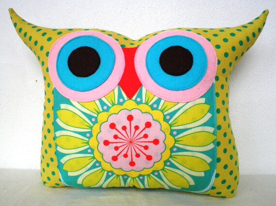 NEW/ Polyfil Stuffed flower bed 2 owl pillow/Ready to ship