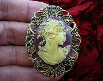 Exotic Lady Flowers Curlys in hair Cameo brass pin pendant cm31-5