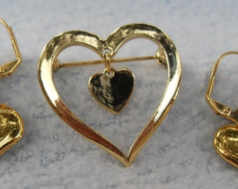 FREE SHIPPING Hearts Set Gold Colored Brooch with Danglng Heart and Gold Heart Dangle Earring Puffy Heart Vintage Pieces
