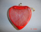 Metal Red Mesh fillable heart - New