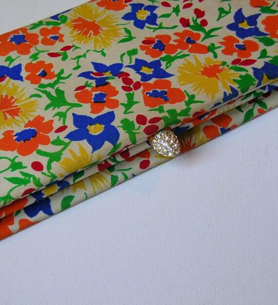 Vintage Floral Mod Flower Power Party Clutch Evening Bag