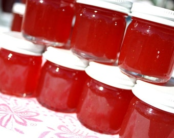 Jam party favors, 125 Little Bit of Heaven 1.5oz jars of strawberry pineapple jam wedding favors, homemade jam favor