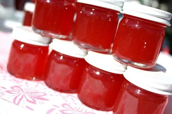 Wedding Jam Favors, 100 Little Bit of Heaven 1.5oz jars of strawberry pineapple jam wedding or party favors, homemade jam party favors