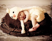 Newborn Baby Chick Birdie Beanie Hat with Ties and Matching Diaper Cover - Great Photography Prop  (Yellow and White)