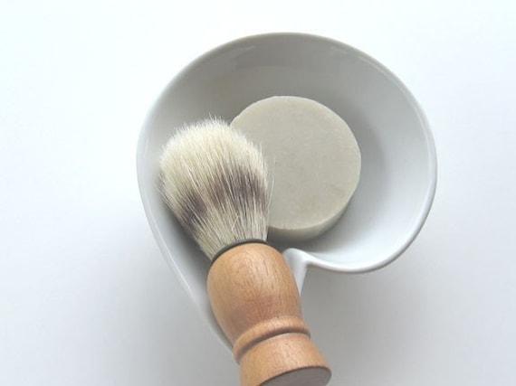 Gentlemen's Choice Old World Shaving Soap Gift Set - Includes Shaving Brush, Shaving Soap and Bowl