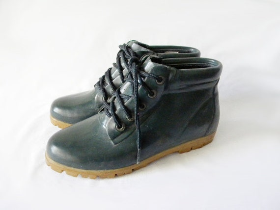 SIZE 8 Lands End dark green lace up rain boots