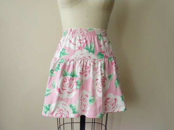 SALE 90s SMALL rose print cotton mini skirt