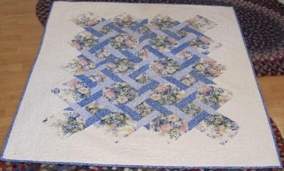Handmade Floral Lattice Lap Quilt