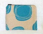 zipper pouch - medium, blue circles