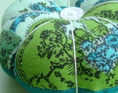 Mercantile Nostalgia Teal and Green Pin Cushion