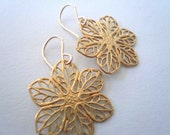 Gold flower earrings. Simple filigree everyday earrings on 14K gold fill ear wires.