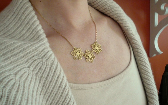 Feminine gold necklace. Gold flower necklace. Feminine necklace. Gold filigree necklace. Gift for garden lover. Romantic gift for girlfriend