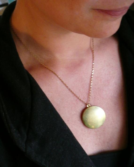 Large locket Gold locket necklace Big locket Photo locket Plain locket Brass locket Big round locket Custom length chain Personalized locket