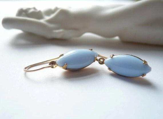 Periwinkle blue earrings Baby blue dangles Light blue drops Vintage glass navettes 14K gold fill ear wires Bridesmaid earrings Earring set