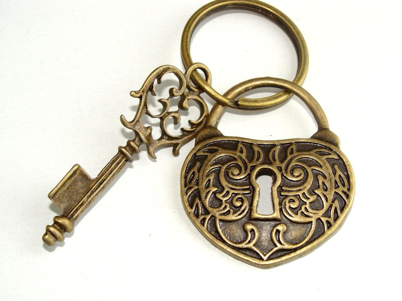 key-heart-drawing