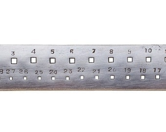 Metal Drawplate Square 30 Holes  1.65 to 4.10mm