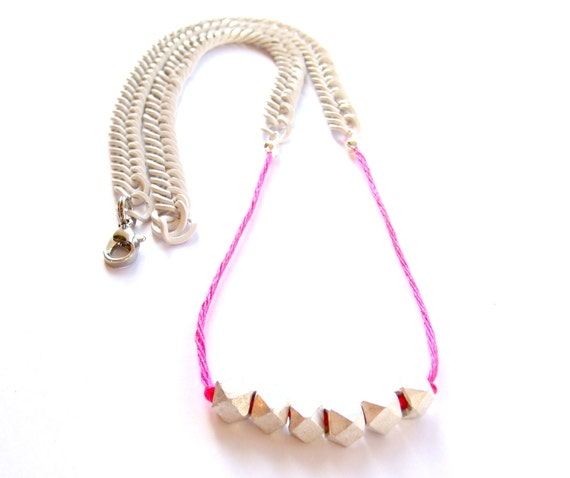 benson hedges // necklace with 6 geometric matte silver beads on neon pink string and painted white chain