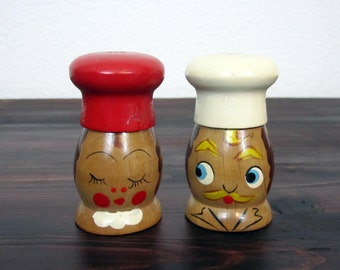 Vintage Wood Chef Figure Salt and Pepper Shakers, Hand Painted and Made in Japan