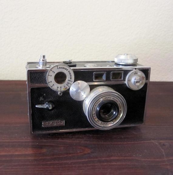 """Vintage Argus C3 35mm Camera  / Retro Argus """"Brick"""""""