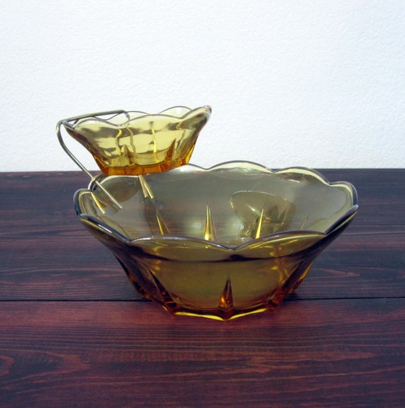 Vintage Amber Chip and Dip Bowl Set / Retro Serving Bowls