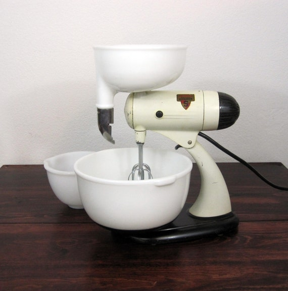 Reserved For Tom Wilks Vintage 1940s Mixmaster Automatic S