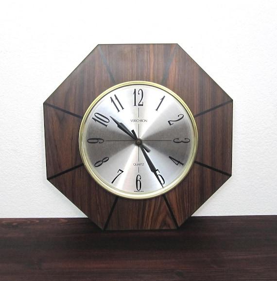 Vintage 1960s Hanging Wall Clock / Retro Wood Veneered Wall Clock