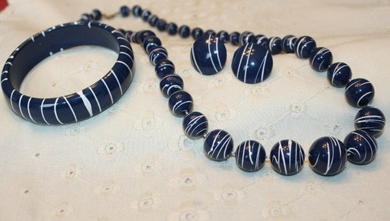 CLEARANCE PRICE Navy Blue and White Necklace, Earrings and Bracelet Set