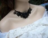 Black lace white pearl choker