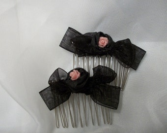 Hair Comb Black with Pink Rose Center very sweet