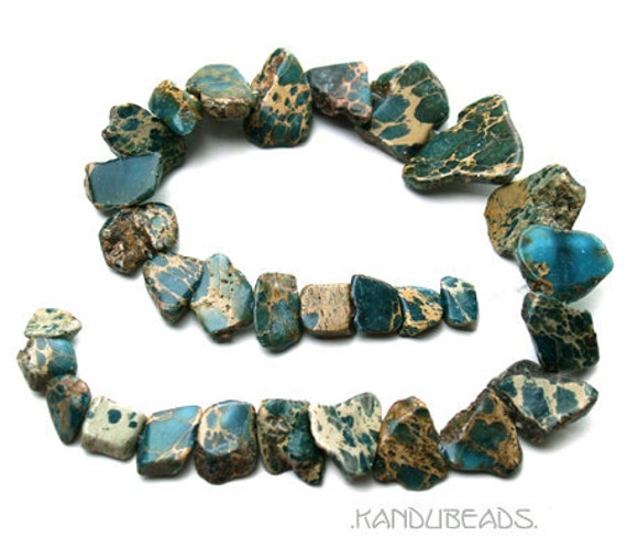 Variscite  Green and Tan slab focal Nugget Beads 12 to 30mm 15 inch graduated strand (18 beads)