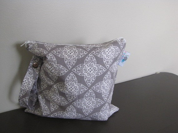 Small HEAT SEALED Wet Bag with SNAP handle - Grey Lace