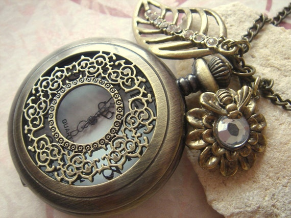 Busy Bee. LARGE Pocket Watch Necklace with Bee on Flower and Leaf with Rhinestones. Bronze Tone.