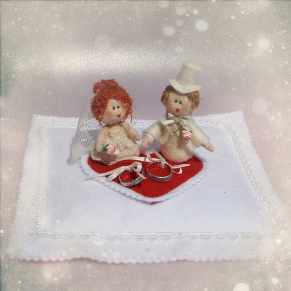 Mini Bride and Groom Bridal Ring bearer pillow with felt dolls that look like you - OOAK wedding gift idea made to order