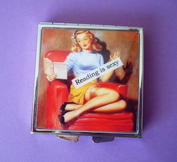 Retro Pin Up Reading Is Sexy Compact Makeup Mirror