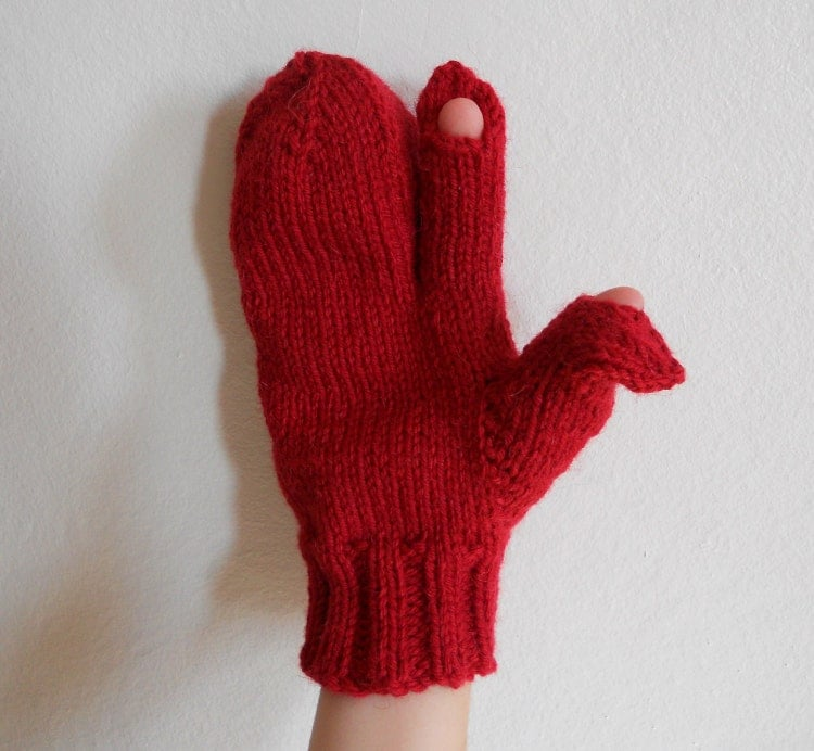 Knitting Pattern PDF Trigger Finger Mittens for Men by EmptyKnits