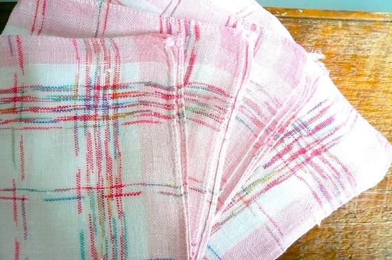 Vintage Pink Plaid Woven Napkins (4)