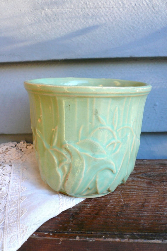 vintage mccoy flower pot by lunaparkvintage on etsy