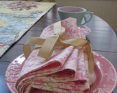 Pink and White Flowers Cloth Napkins -- Set of 4