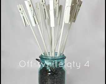 Table Number Holder, Clothes Pin on a Stick, off-white, set of 4, use for place name card, photo, memo, menu, notes, wedding home or office