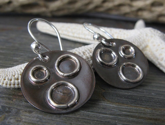 Rustic mixed metal artisan handmade earrings. Oxidized copper sterling silver. Blackened discs, shiny rings. Organic urban gift.