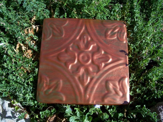 Decorative Plastic Mold to Make Concrete or Cement Stepping Stone or Plaque