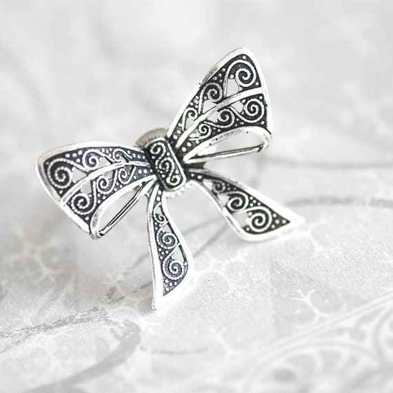 bow tie ring antiqued sterling silver plated