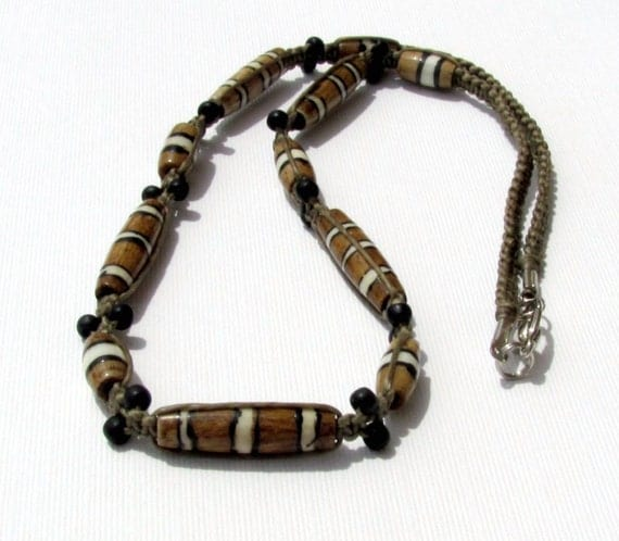 s bone hemp necklace