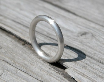Sterling silver stacking ring. Smooth matte.