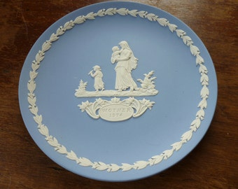SALE Wedgwood Jasperware Mother's Day Plate 1974