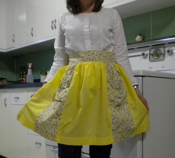CLEARANCE - 30% Off - Vintage Yellow Mid-Century Half Apron With Six Pockets