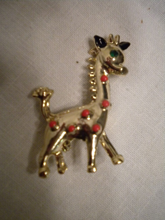 Adorable Vintage Giraffe Pin